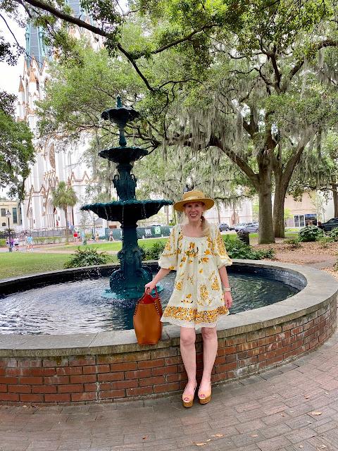 travel blogger influencer savannah georgia farm rio cashew mini dress fashionover40