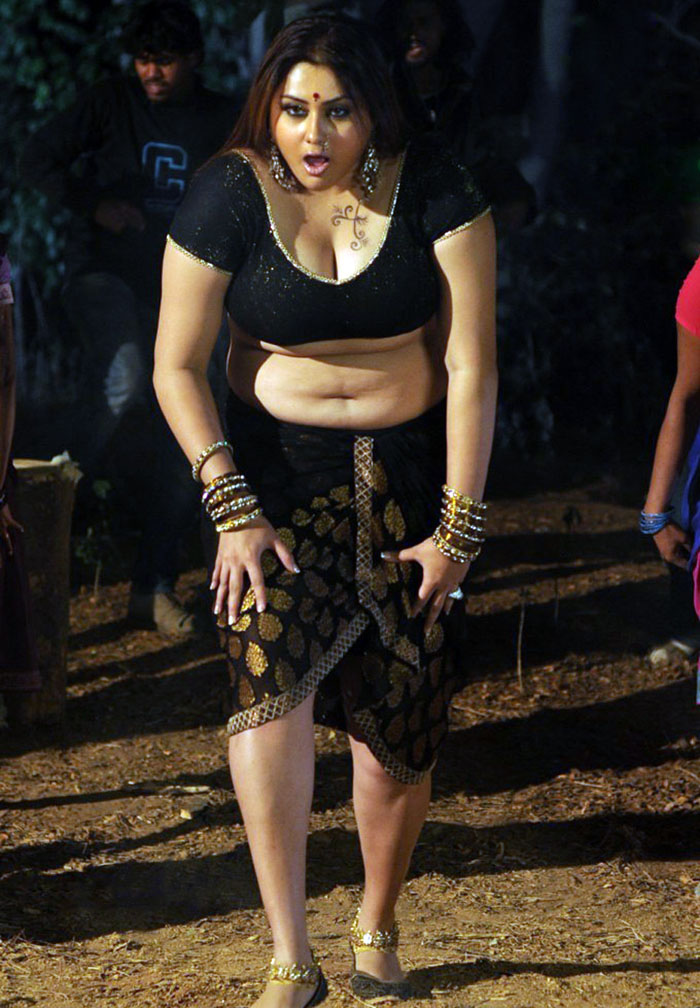 Namitha High Resolution Pictures - Sports Updates-5996