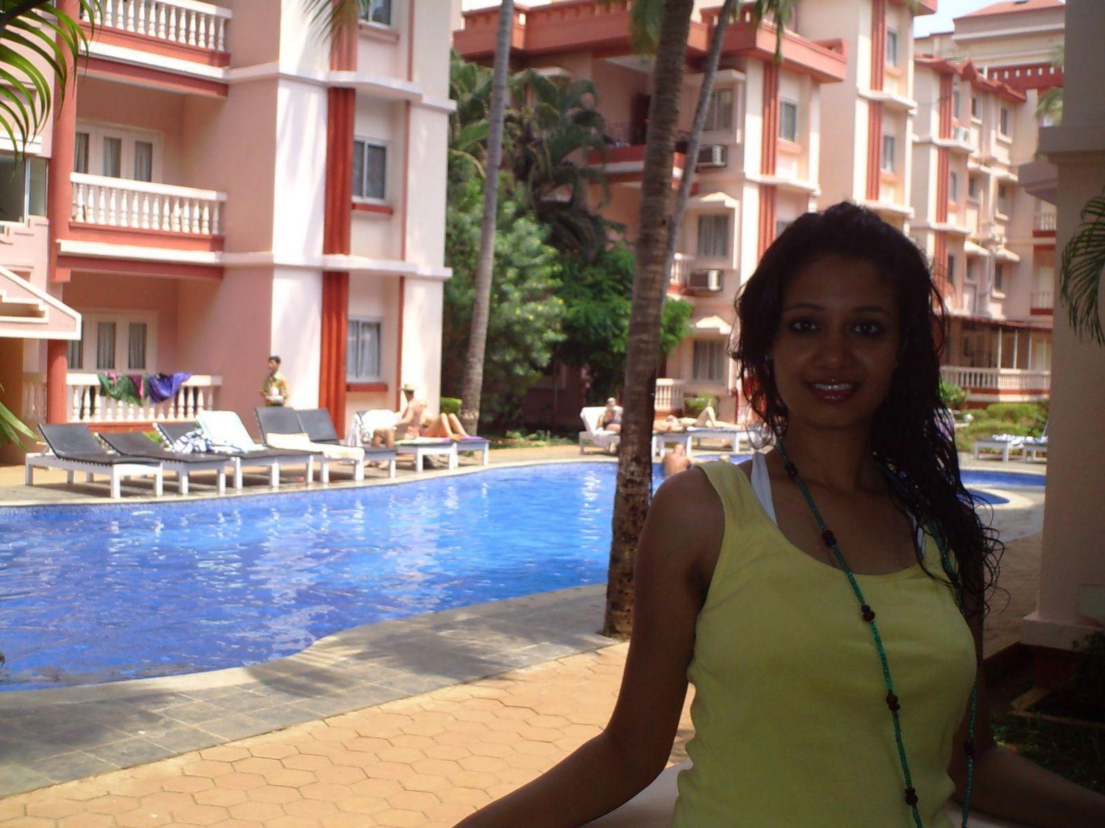 Hot Bhabhi At Her Honeymoon Hotel  Hot And Sexy-1063
