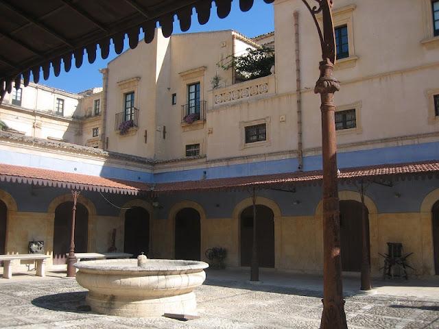 Fuente de la Plaza del Mercado en Noto