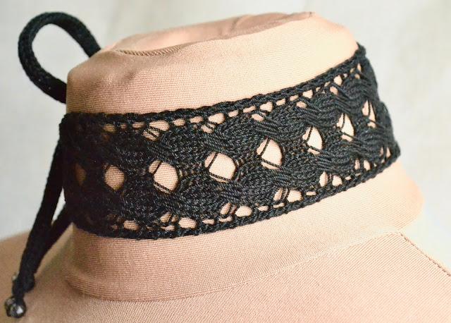 Jera Rune Lace and Cable Choker Knitting Pattern