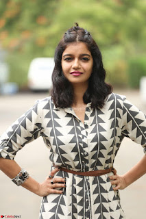 Swathi Reddy Looks super cute at London Babulu theatrical trailer launch ~  Exclusive 031.JPG