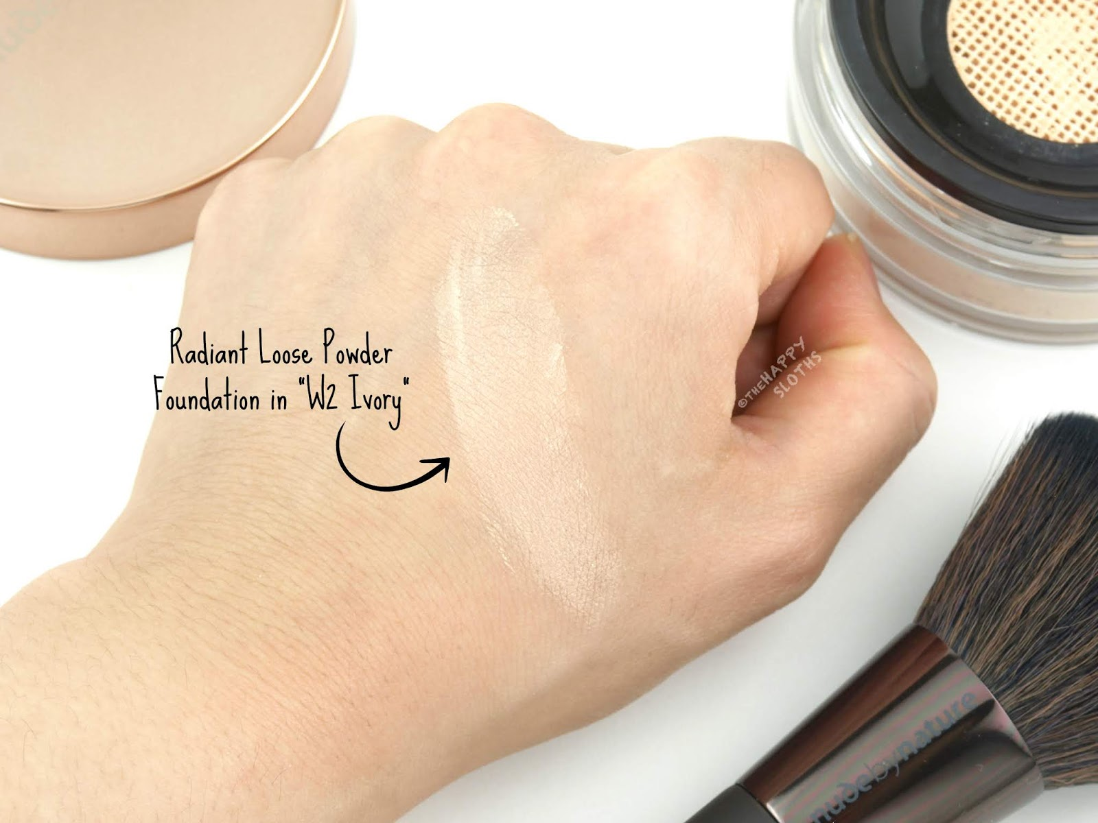 "Nude by Nature | Radiant Loose Powder Foundation in ""W2 Ivory"": Review and Swatches"