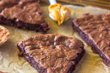 Recipe: 4 Ingredient Fudge Protein Brownies