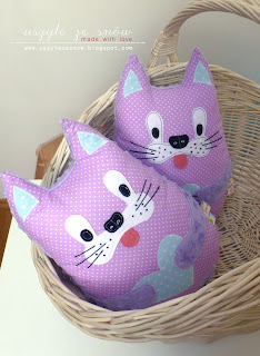 Przytulanki poduszki kotki