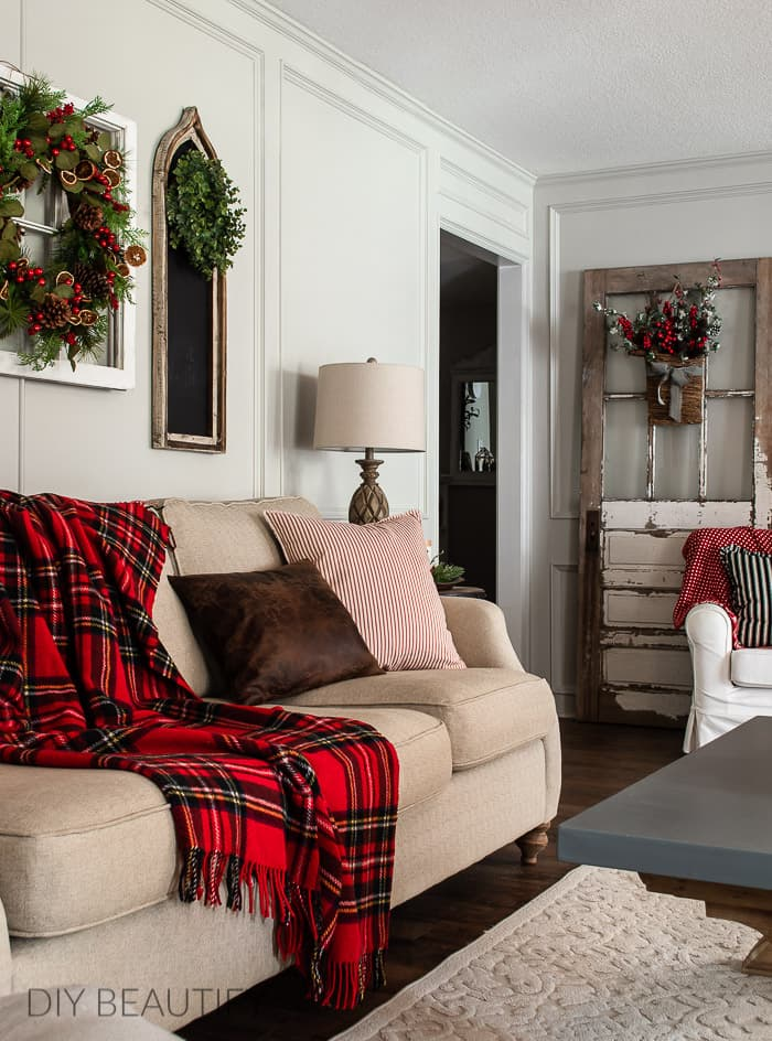 Christmas living room with red