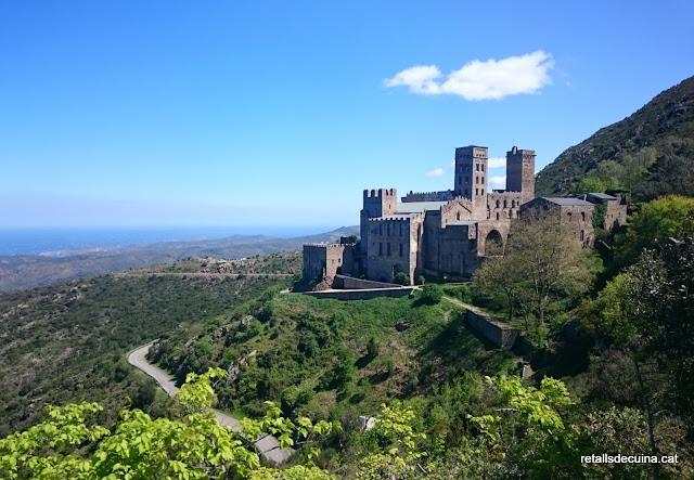 De la vinya al Monestir : visita al Monestir de Sant Pere de Rodes