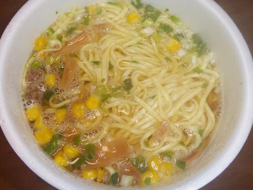【NISSIN(日清食品)】日清麺屋(MENYA) 香味しょうゆ