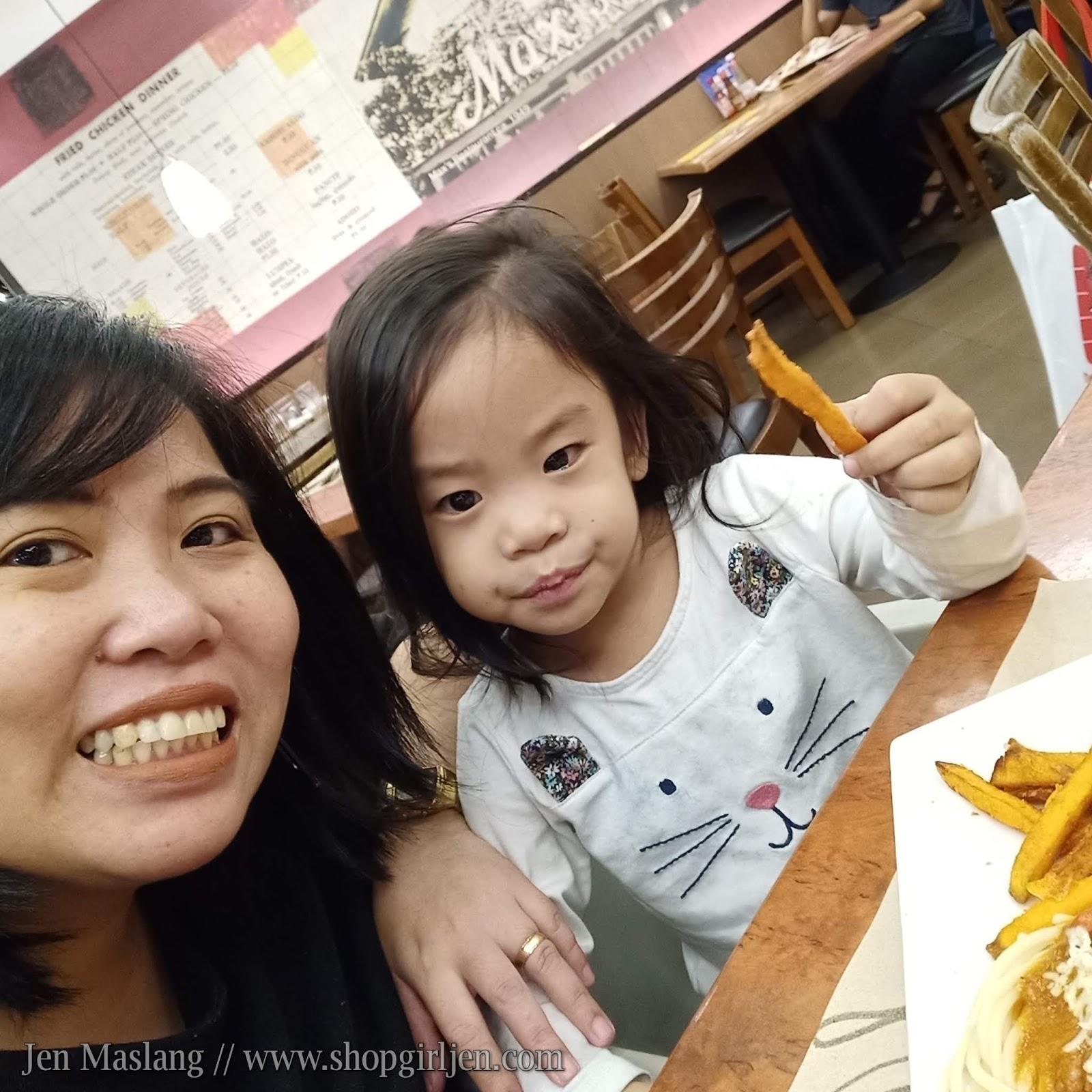 Shopgirl Jen: KIDS EAT FOR FREE AT MAX'S