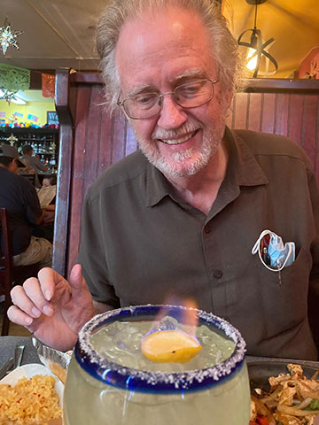 Surprised by flaming Cadillac Margarita at Oysters in Kingman, AZ (Source: Palmia Observatory)
