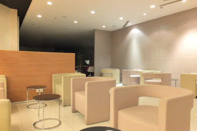 changi-airport-dnata-skyviewlounge-terminal1-interior