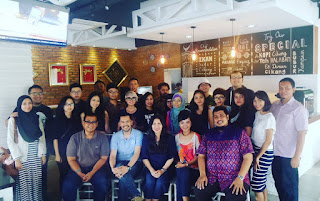 Foto Bersama Blogger di Cikang Resto