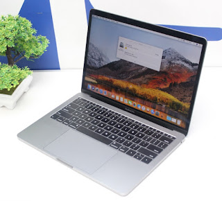 Jual Macbook Pro Retina 13 - Mid 2017 Core i5