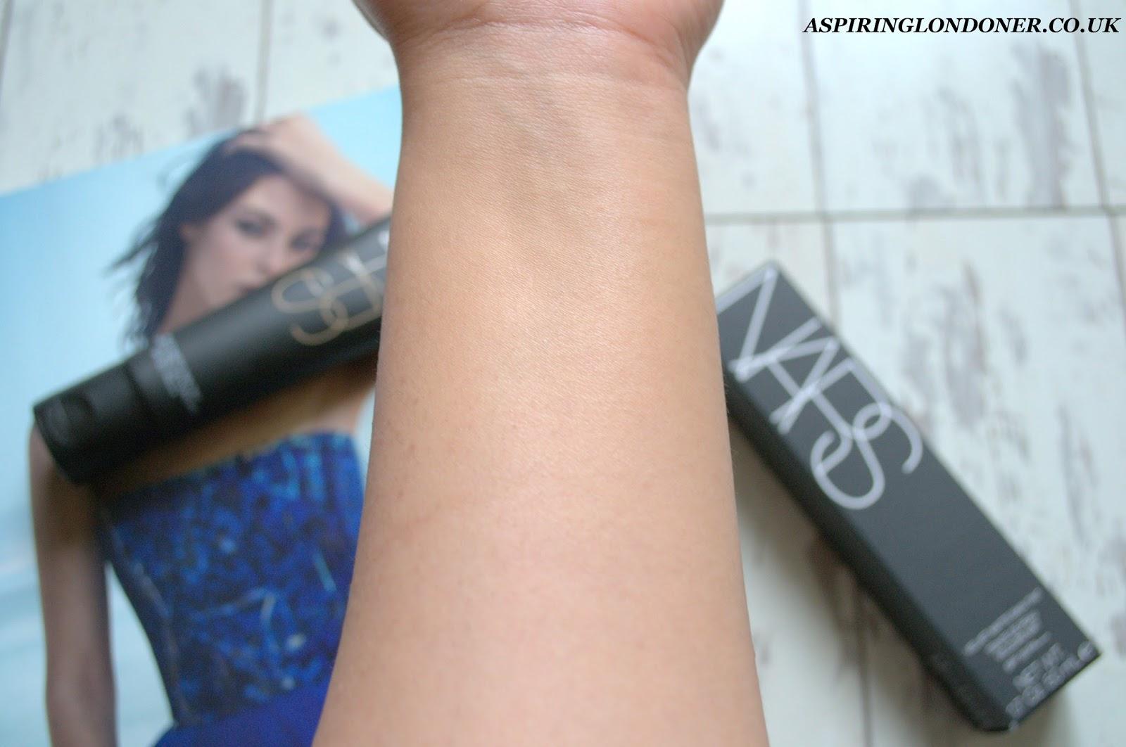 NARS Velvet Matte Skin Tint Review & St Moritz Swatch - Aspiring Londoner