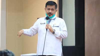 dr. Bakhrizal