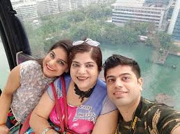 Jyotica Tangri Family Husband Son Daughter Father Mother Age Height Biography Profile Wedding Photos