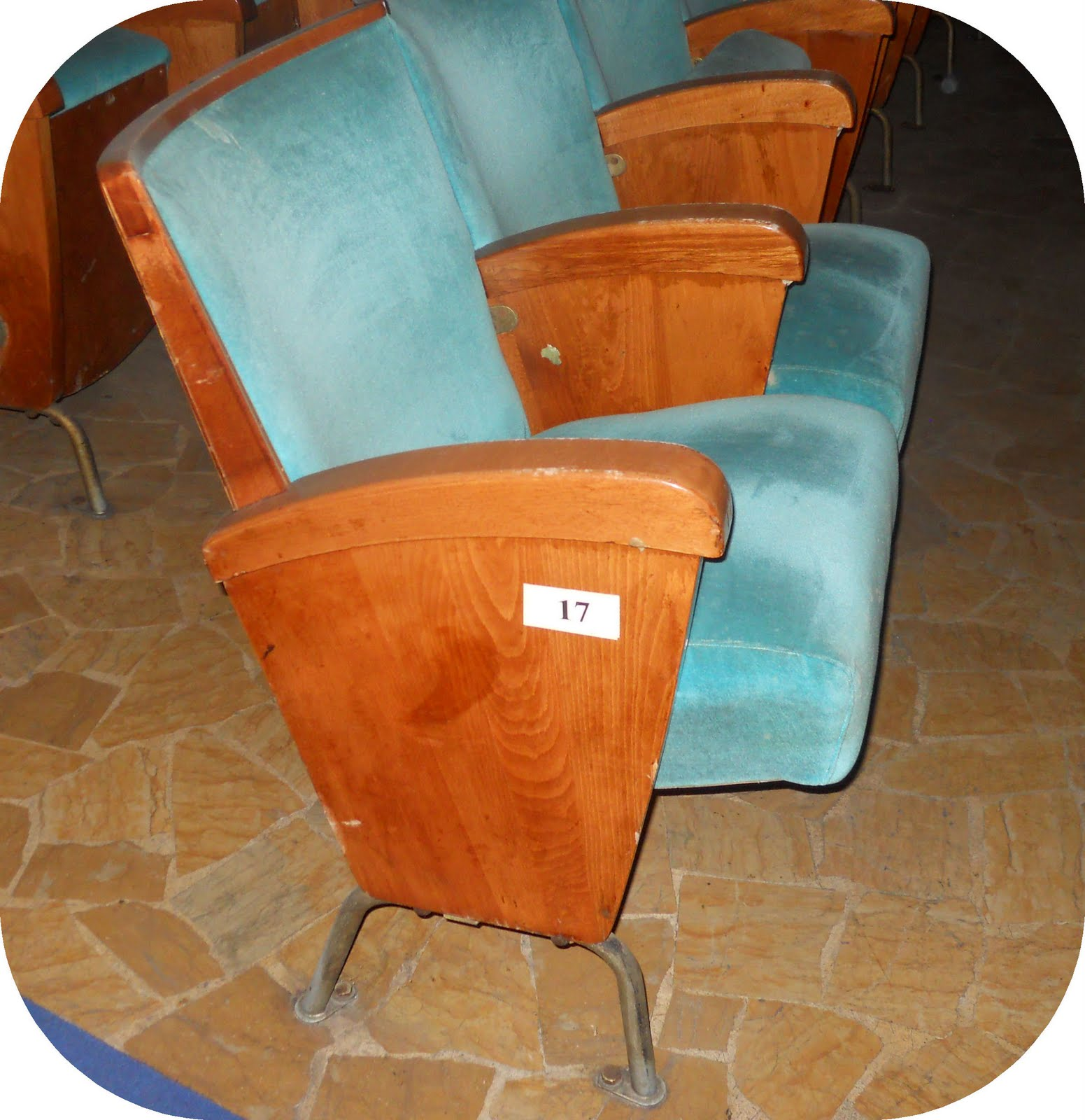 Sedie Da Cinema Vintage.Cineteatro Vendesi Poltrone Vintage