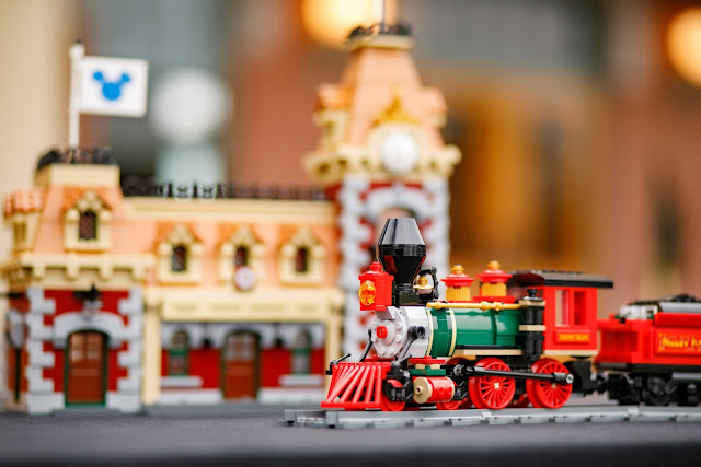 LEGO 71044 Disney Train and Station 迪士尼火車與車站