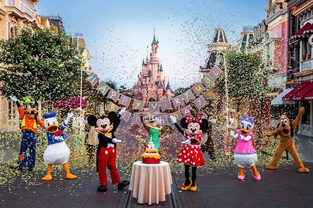 Happy 29th Anniversary to Disneyland Paris
