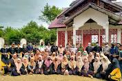 LMTTA Peduli Gampong melakukan penanaman Mangrove di komplek Makam Pahlawan Teuku Tjoet Ali