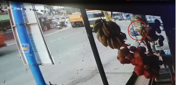 Koothattukulam accident police search CCTV Footage, Local-News, News, Accident, Injured, CCTV, Complaint, Police, Kerala