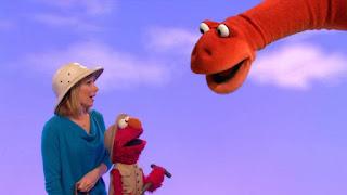 celebrity Amy Ryan, Elmo, the word on the Street Paleontologist, Sesame Street Episode 4314 Sesame Street OSaurus season 43