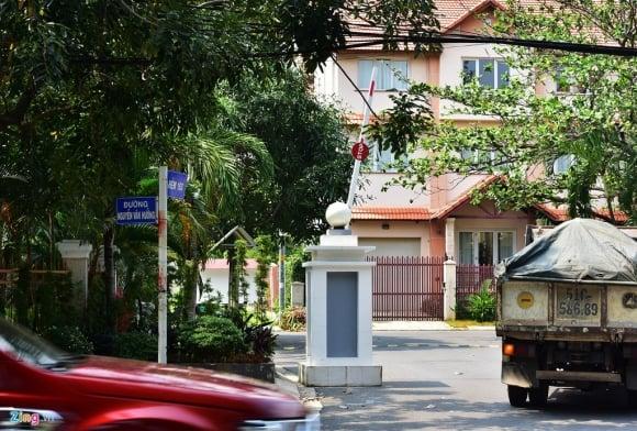 Biệt thự ở Thảo Điền bịt kín lối ra bờ sông Sài Gòn ảnh 9