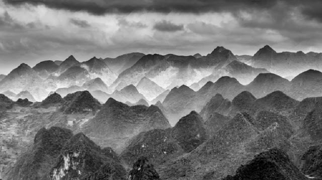 Ha Giang beauty through black and white photos 1