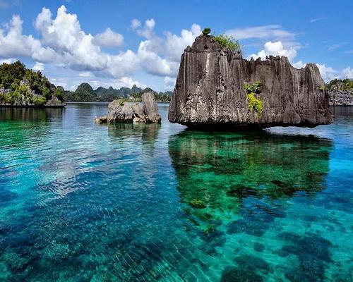 Tinuku.com Travel Misool Island, bits of heaven sent to Raja Ampat for snorkeling and diving