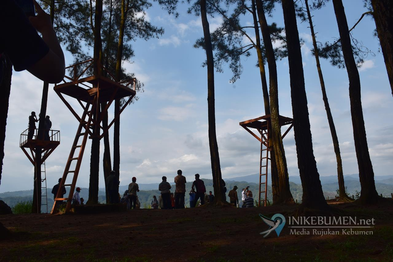 Pariwisata Pendongkrak Ekonomi Pascapandemi