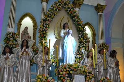 Devotos de nossa senhora da conceição De Macau, superlotaram a igreja  matriz, Assistiram atentamente a Missa, No ultimo dia de novena do mês De  Maio (31), ... cbede48a03
