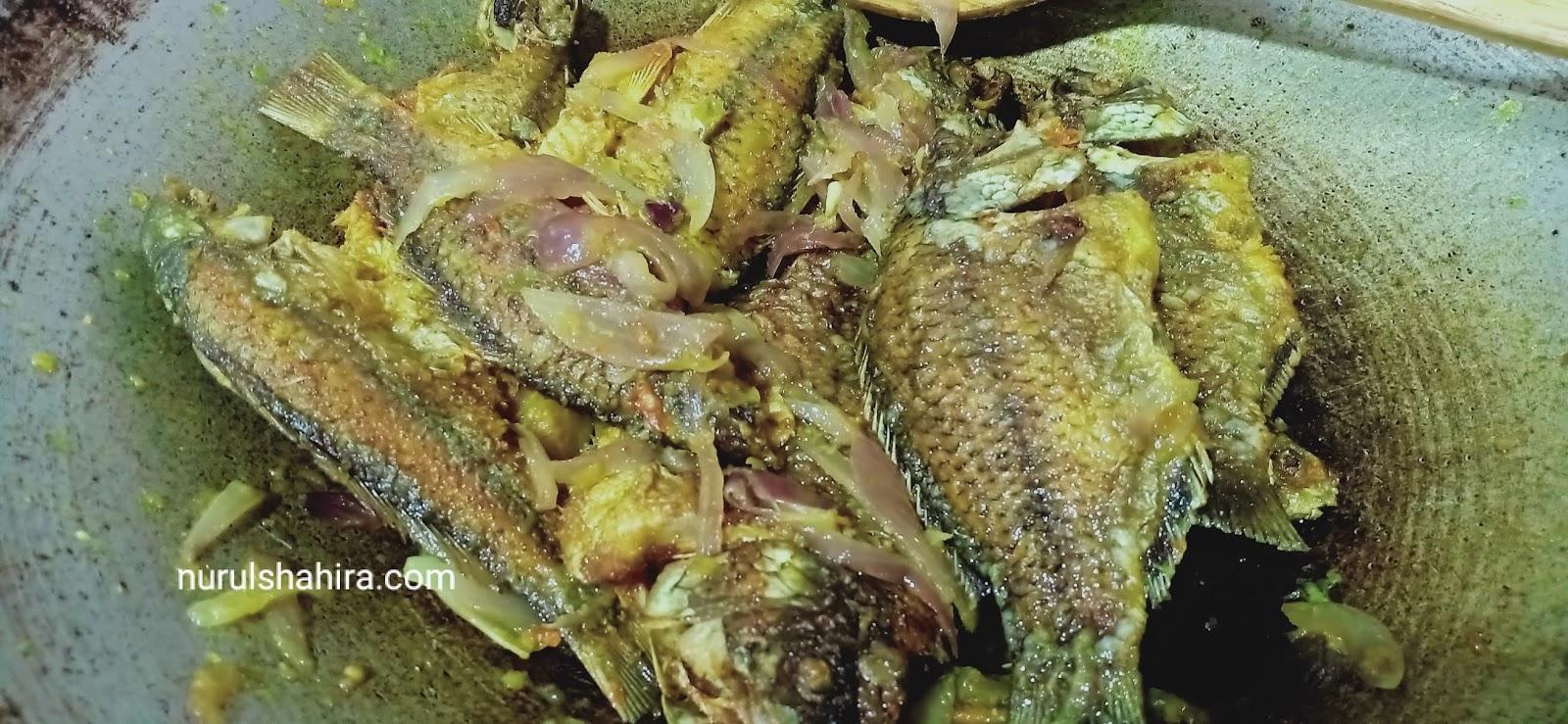 Talapia Hitam Goreng Berlada Untuk Makan Tengahari