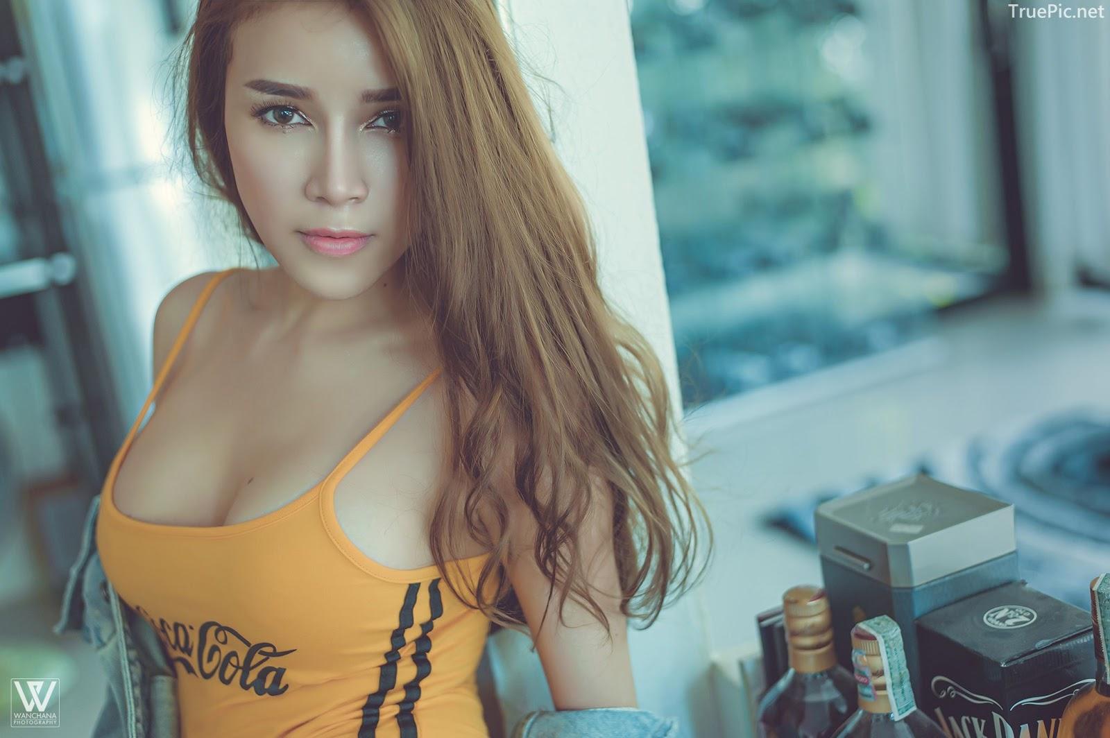 Thailand Sexy Model - Lanchakorn Yeunyaw - Yellow Coca Colas - TruePic.net - Picture 4