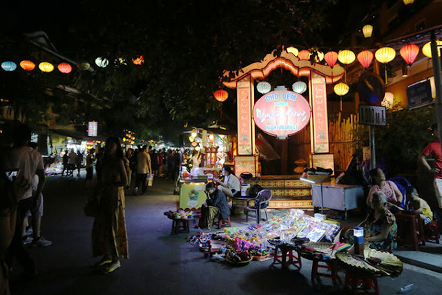 Chợ đêm Hội An