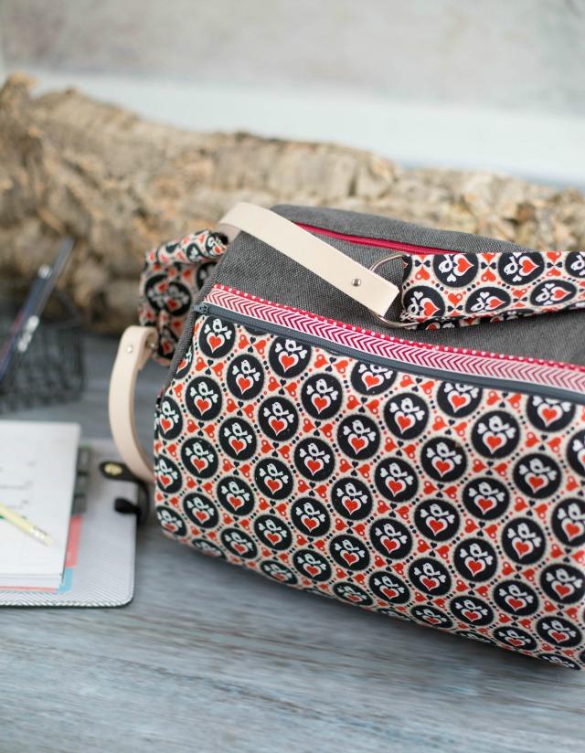 Stofftasche mit Lederhenkel - Schnitt Zylindertasche von Farbenmix - genäht von Frühstück bei Emma