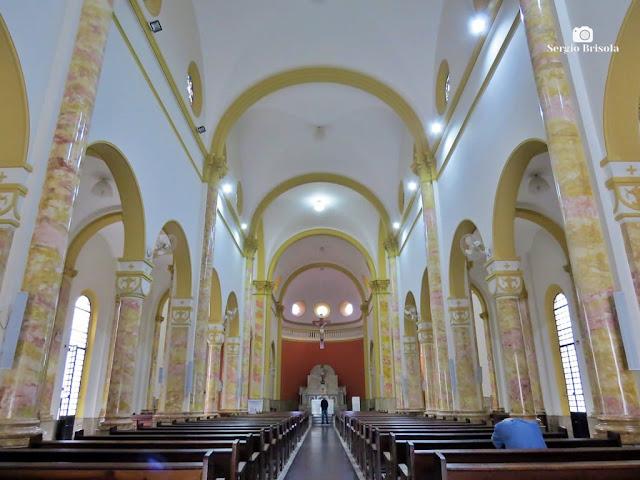 Vista ampla do interior da Paróquia São João Batista - Brás - São Paulo