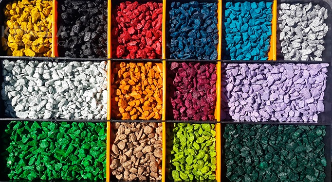 Manufacturing of crushed stone and colored chips