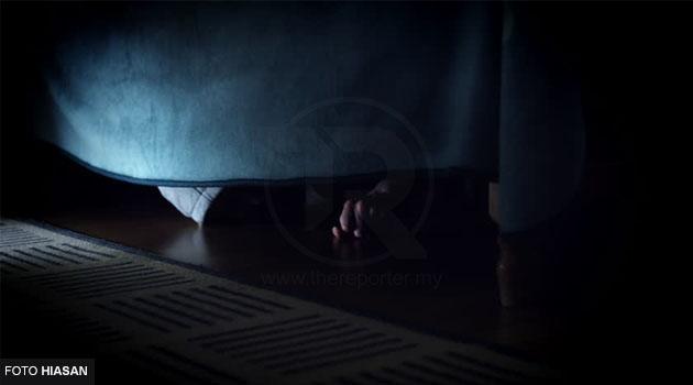 Kantoi main bini orang, suami cekup kekasih isterinya sorok bawah katil & dibelasah sampai mati