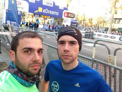 Foto antes del inicio de la Mitja Marató Barcelona