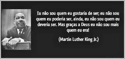 A constante luta da carne contra o espírito é apresentada em uma frase atribuída ao Pastor Martin Luther King Jr.
