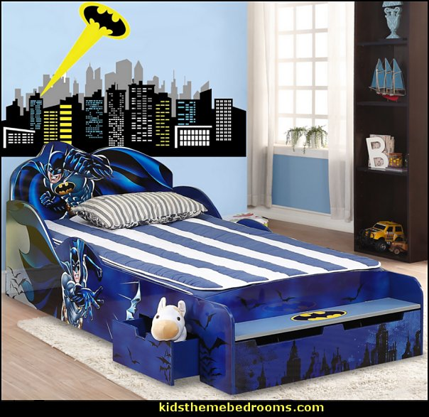 Batman Kid's Twin Platform Bed with Storage