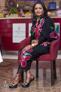 مزيعة برنامج اطبخ لزوجتك جديه عثمان بملابس مثيره تثير مواقع التواصل الاجتماعي