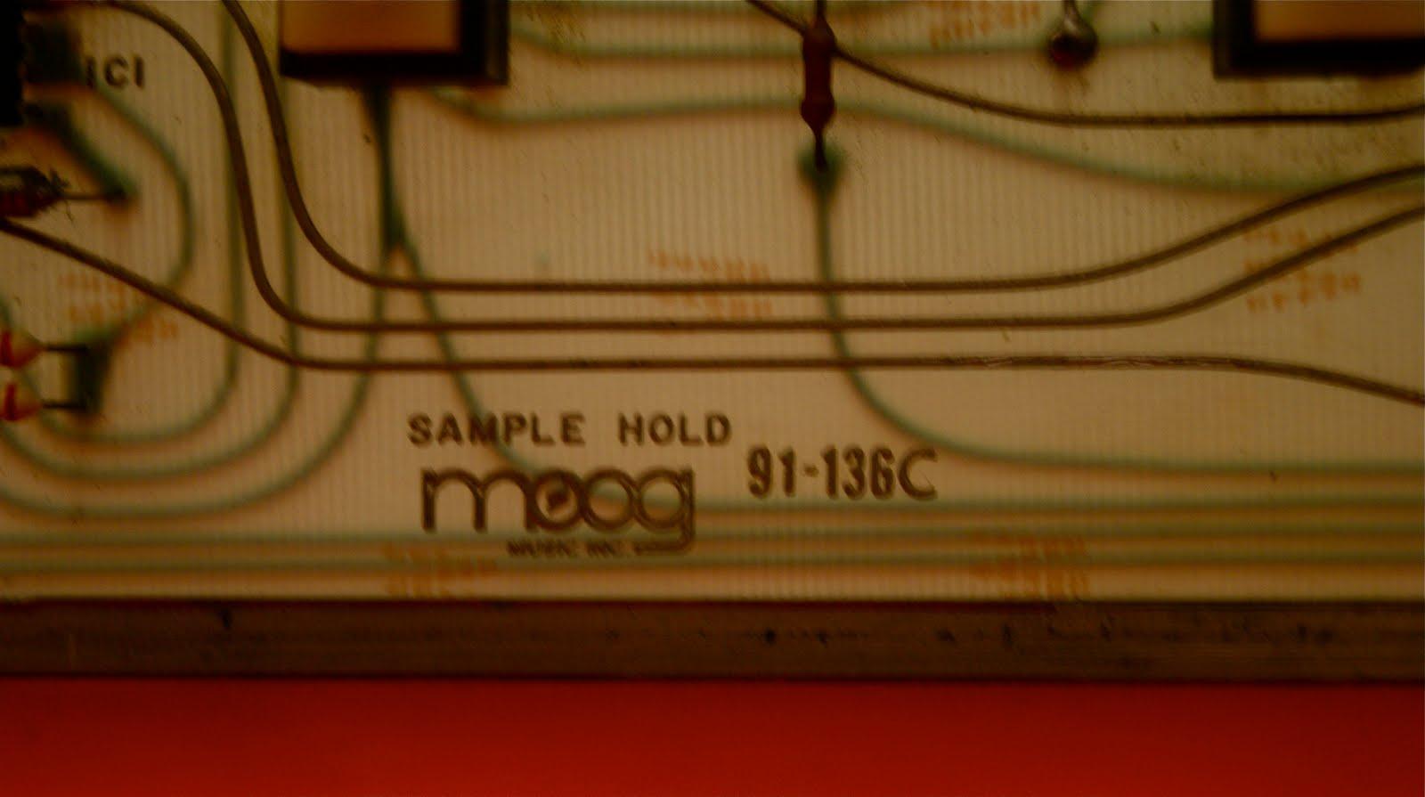 Matrixsynth The Moog 1125 Sample Hold