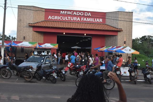 Primeira Feira no Mercado da Agricultura Familiar de Lima Campos foi um sucesso......
