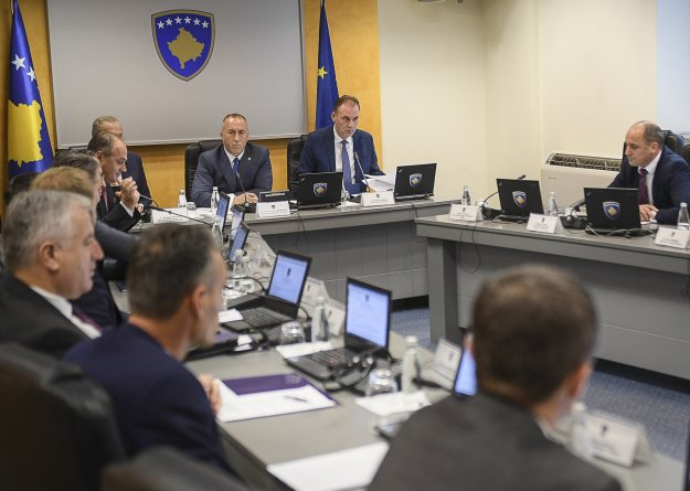 Δασμούς 100% επέβαλλε το Κόσοβο στις εισαγωγές από την Σερβία