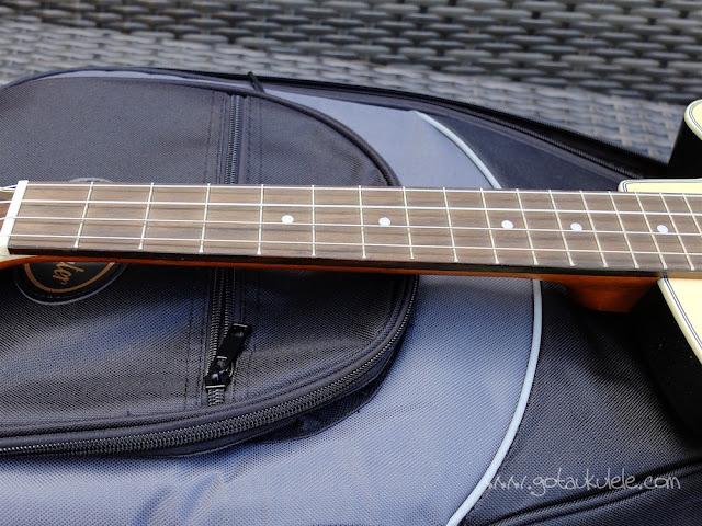 Clearwater roundback baritone ukulele fingerboard