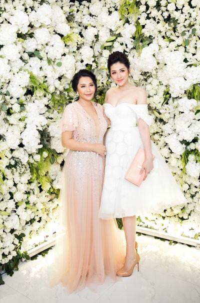 Khó cưỡng trước vẻ đẹp của á hậu Tú Anh tại sự kiện - Ảnh 8
