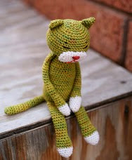 http://www.ravelry.com/patterns/library/amineko-crocheted-cat