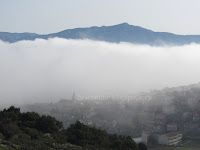 Jutarnja magla Postira slike otok Brač Online