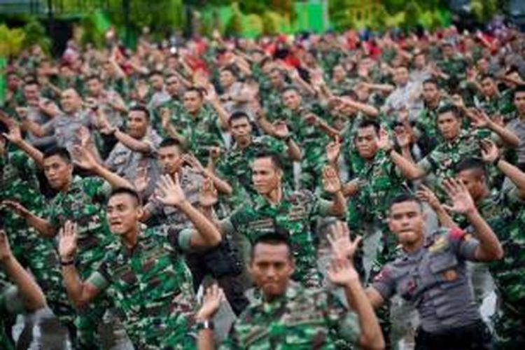 Bukannya Fokus Pulihkan Ekonomi, Jokowi Malah Naikkan Anggaran Polri-Kemhan